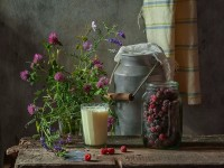 Собирать пазл Малина с молоком онлайн