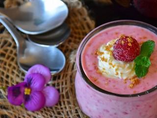 Собирать пазл Малиновый йогурт онлайн