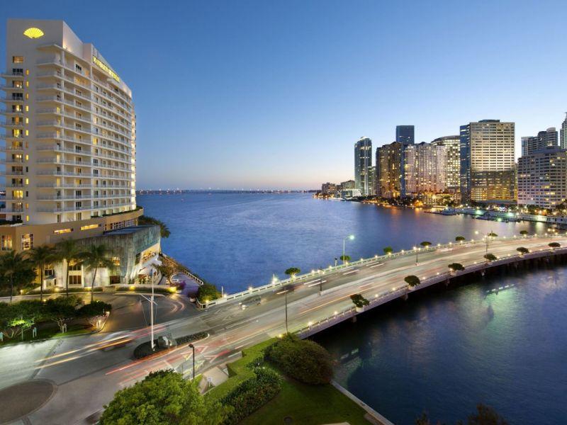Пазл Собирать пазлы онлайн - Майами Флорида отель