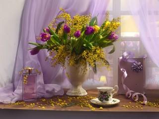 Собирать пазл Мимоза и тюльпаны онлайн