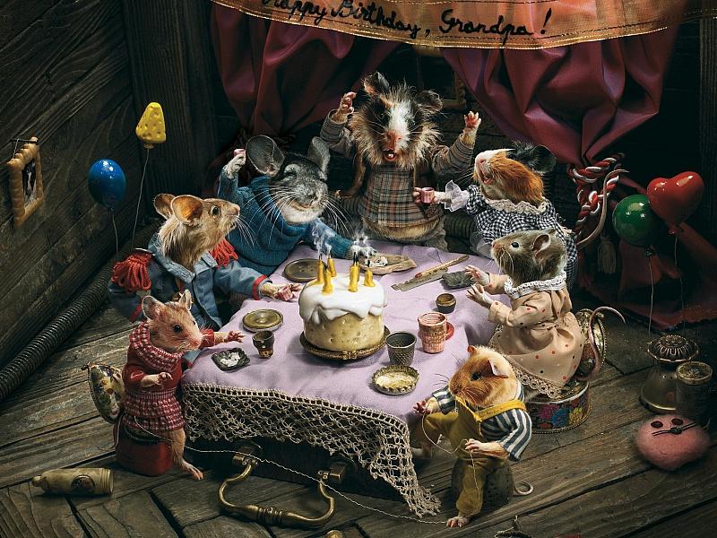 Пазл Собирать пазлы онлайн - Мышиный день рождения