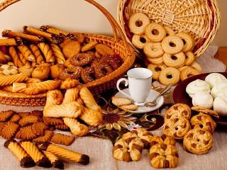 Собирать пазл Много печенья онлайн
