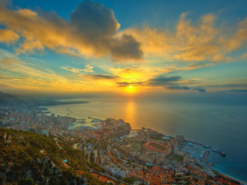 Пазл Собирать пазлы онлайн - Монако закат