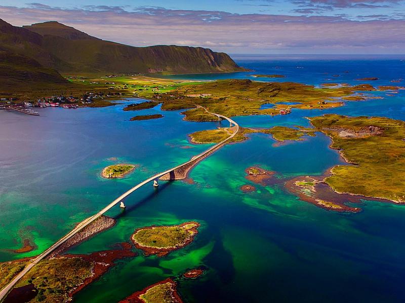 Пазл Собирать пазлы онлайн - Мост через острова