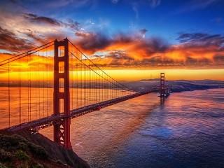 Собирать пазл Мост на закате онлайн