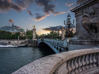 Собирать пазл Мост в Париже онлайн