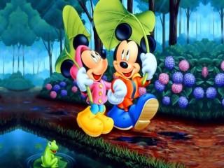 Собирать пазл Микки Маус онлайн