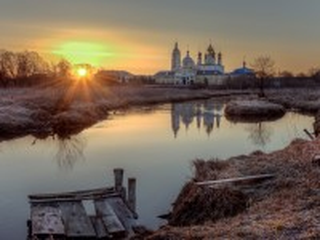 Собирать пазл Мужской монастырь онлайн