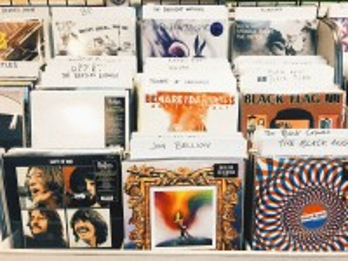 Собирать пазл Музыкальные пластинки онлайн