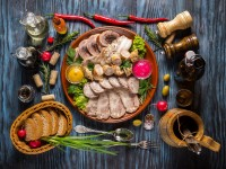 Собирать пазл Мясная тарелка онлайн