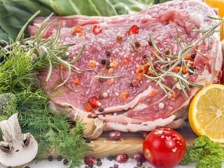 Собирать пазл Мясо для стейка онлайн