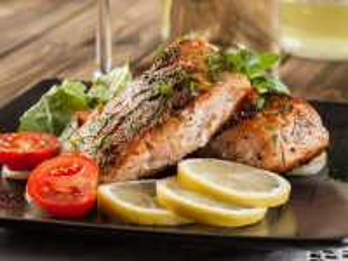 Собирать пазл Рыба с лимоном онлайн