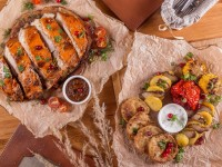 Собирать пазл Мясо с овощами онлайн