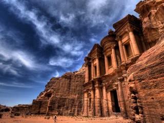 Собирать пазл Набатейские руины онлайн