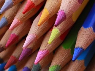 Собирать пазл Набор карандашей онлайн