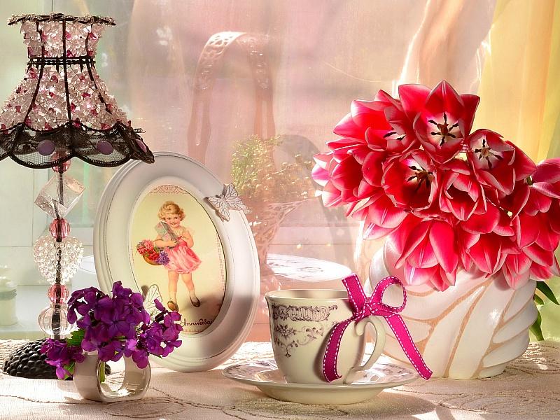 Пазл Собирать пазлы онлайн - Натюрморт с тюльпанами