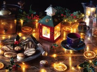 Собирать пазл Натюрморт с фонарем онлайн