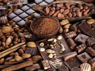 Собирать пазл Натюрморт с какао онлайн