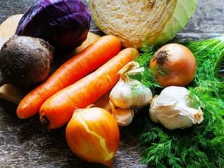 Собирать пазл Натюрморт с овощами онлайн