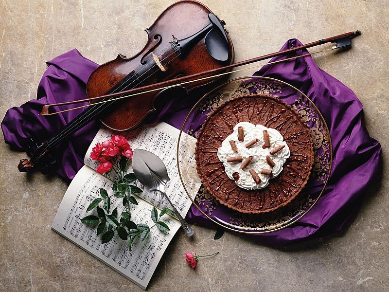 Пазл Собирать пазлы онлайн - Натюрморт с тортом