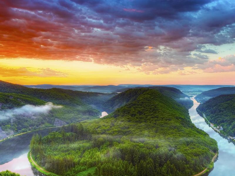 Пазл Собирать пазлы онлайн - Небо туман река