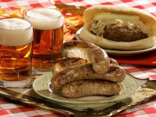 Собирать пазл Немецкие колбаски онлайн
