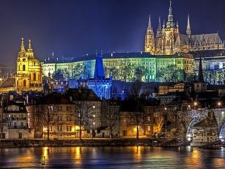 Собирать пазл Ночная Прага онлайн