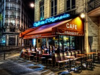Собирать пазл Ночное кафе в Париже онлайн