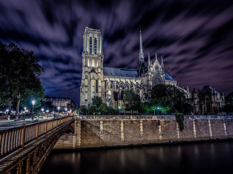 Пазл Собирать пазлы онлайн - Ночной Париж