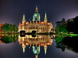 Собирать пазл Новая Ратуша в Германии онлайн