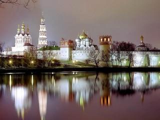 Собирать пазл Новодевичий монастырь онлайн