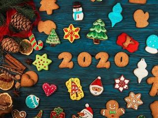 Собирать пазл Новогодние пряники онлайн