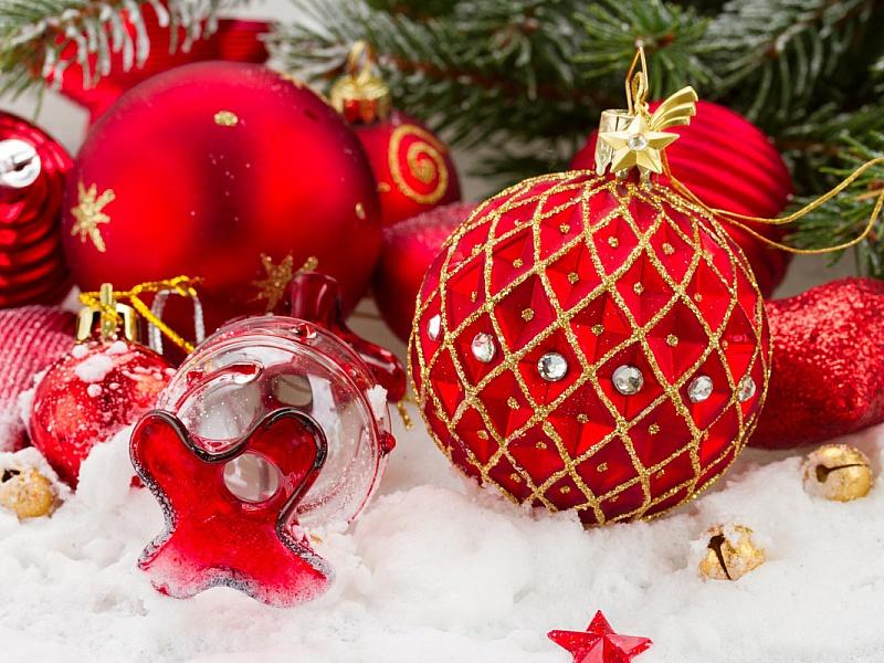 Пазл Собирать пазлы онлайн - Новогодние шары