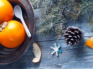 Собирать пазл Новогодняя хурма онлайн