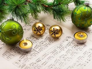 Собирать пазл Новогодняя песня онлайн