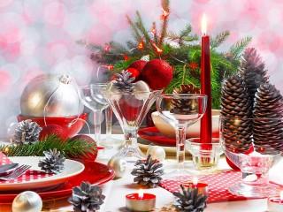 Собирать пазл Новогодняя сервировка онлайн