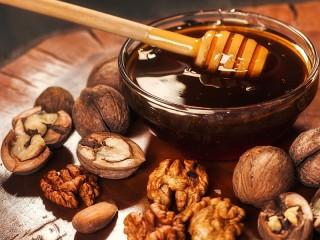 Собирать пазл Ореховый мёд онлайн
