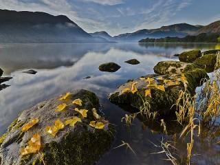 Собирать пазл Осеннее озеро онлайн