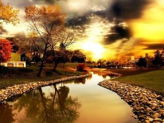 Собирать пазл Осенний закат онлайн