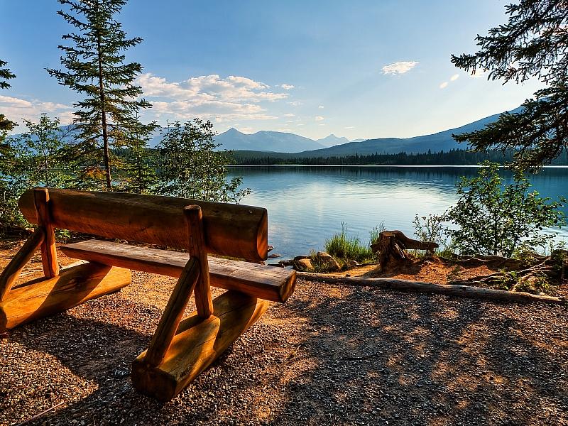 Пазл Собирать пазлы онлайн - Отдых у озера