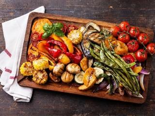 Собирать пазл Овощи гриль онлайн