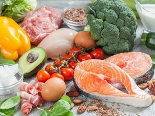 Собирать пазл Овощи и мясо онлайн