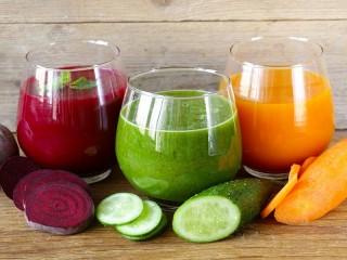 Собирать пазл Овощные соки онлайн