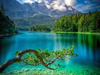 Собирать пазл Озеро Айбзее онлайн