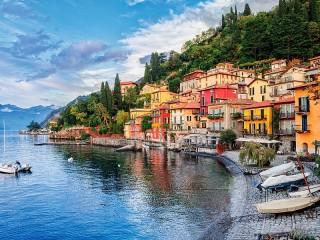 Собирать пазл Озеро Комо. Италия онлайн