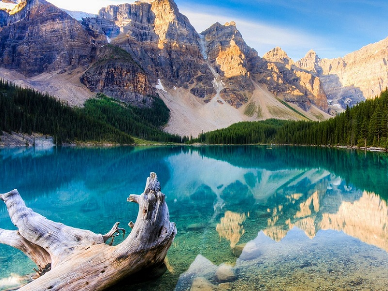 Пазл Собирать пазлы онлайн - Озеро Морейн