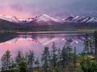 Собирать пазл Озеро Сыгарымни онлайн