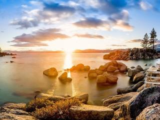 Собирать пазл Озеро Тахо в США онлайн