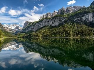 Собирать пазл Озеро в Австрии онлайн