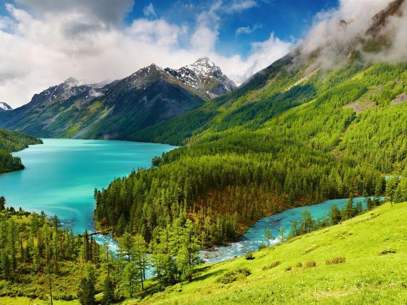 Пазл Собирать пазлы онлайн - Озеро в горах